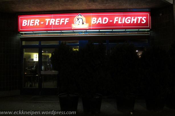 Ansicht Eckkneipe Bad-Flights